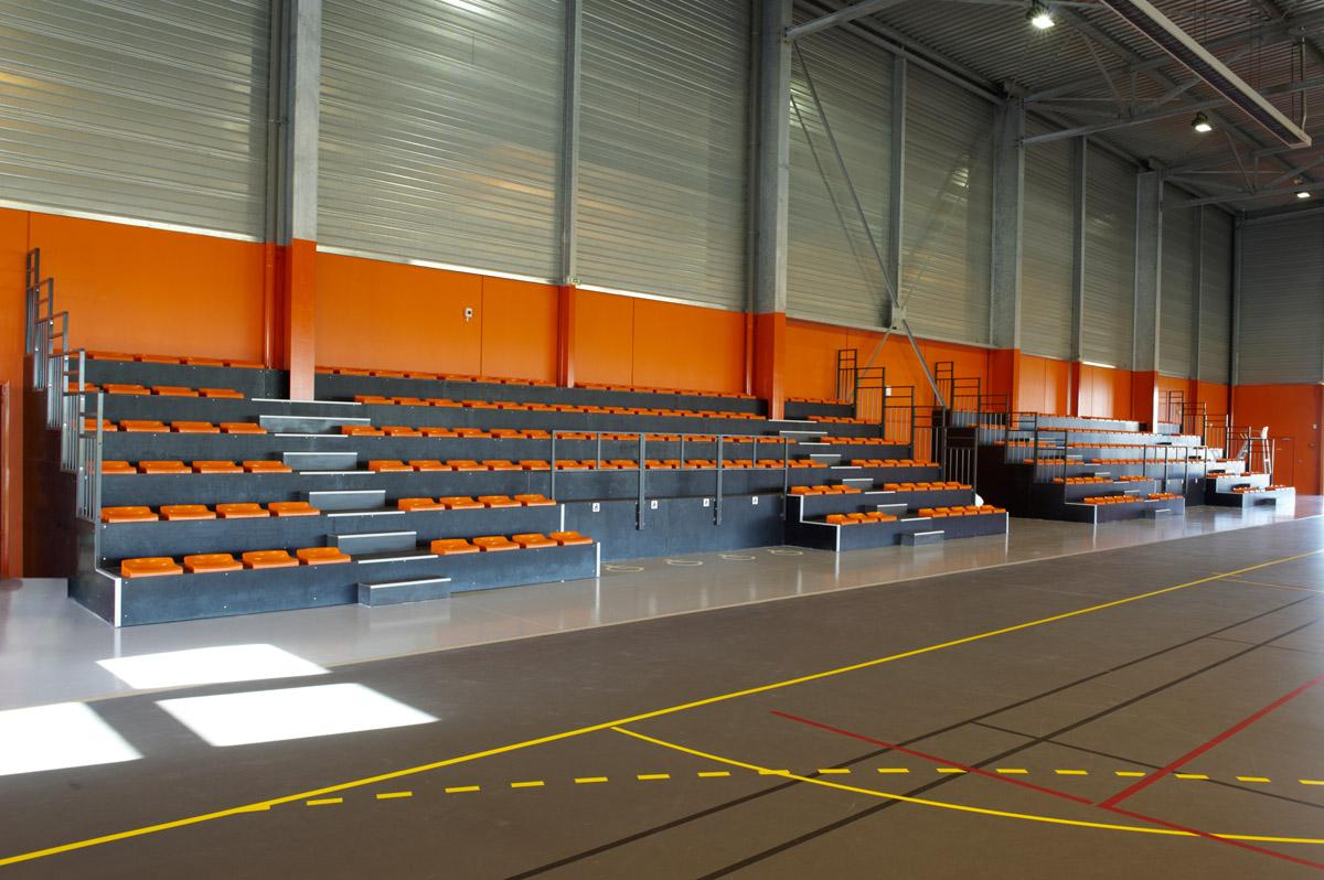 Intérieur complexe sportif St Hermine réalisé par l'agence DGA Architectes des Herbiers