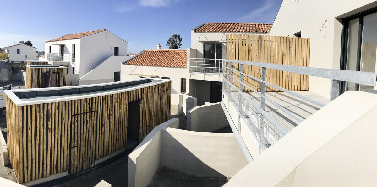 Vue extérieur des logements réalisé à Noirmoutier par l'équipe de DGA Architectes Vendée