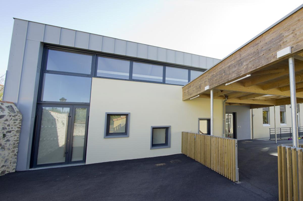 Façade école la Flocellière imaginée par DGA Architectes