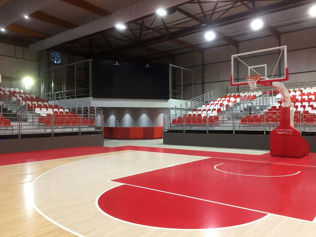 Salle des Oudairies à la Roche sur Yon par DGA Architectes Vendée
