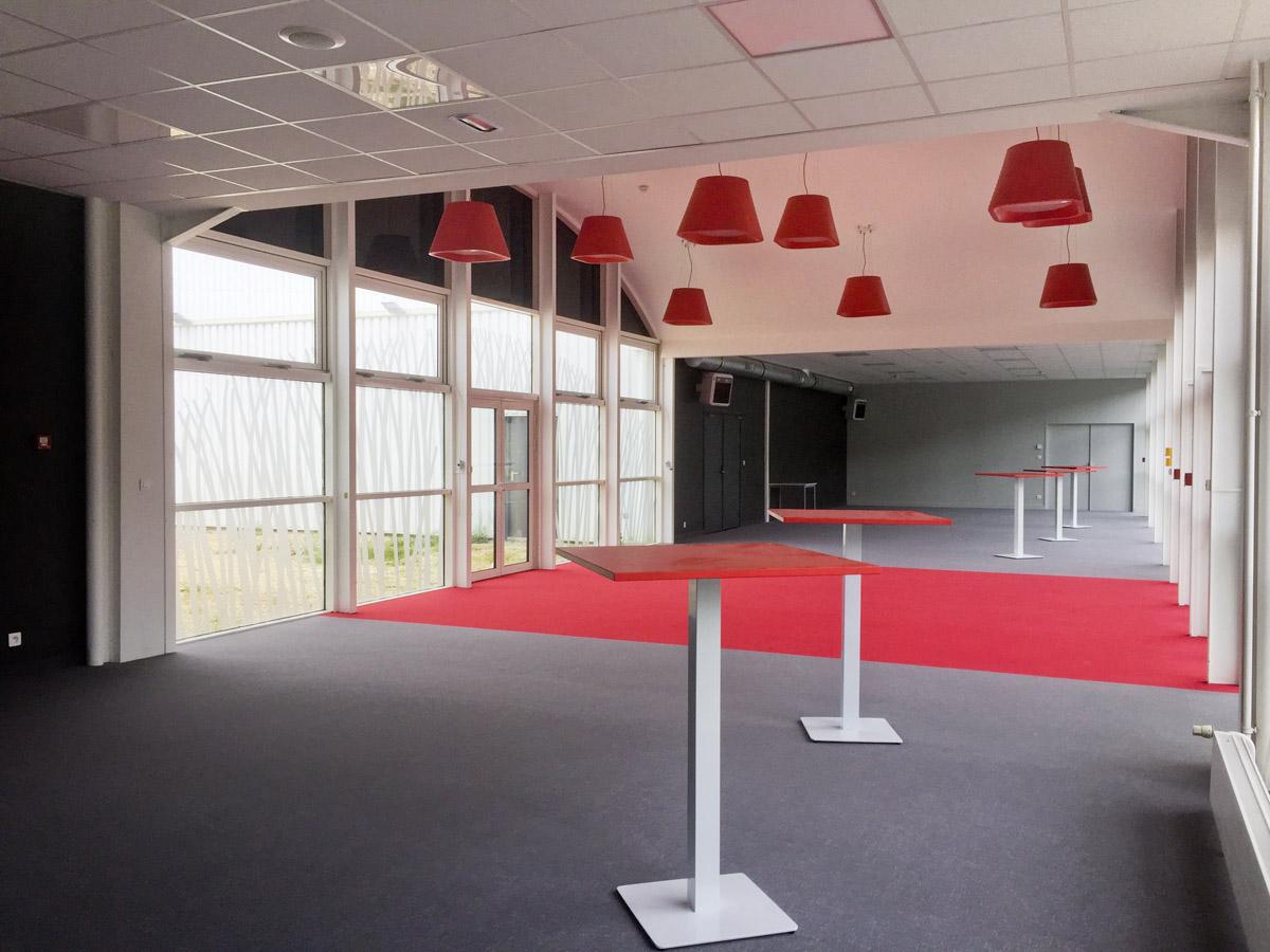 Architecture entrée salle de basket la Roche sur Yon - DGA Architectes