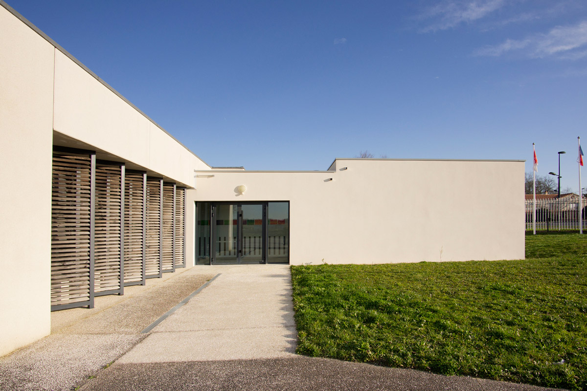 Collège de Piobetta : nouveau vestiaires et plateau sportif grâce à DGA Architectes