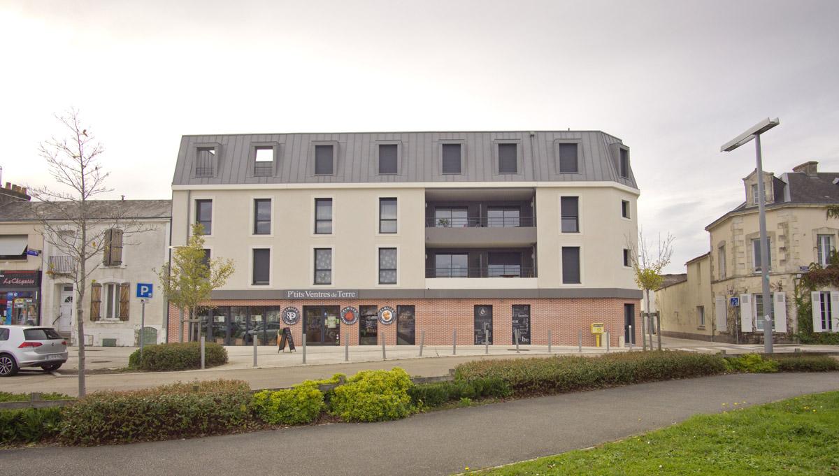 Façade de l'ensemble immobilier de la Roche sur Yon - DGA Architectes