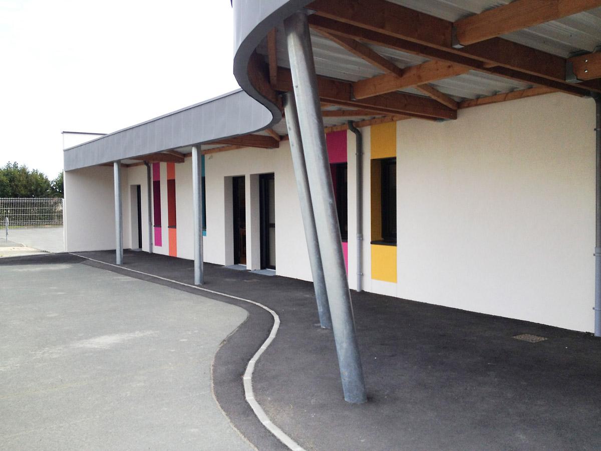 Ecole La Jaudonniere construit par le cabinet DGA des Herbiers