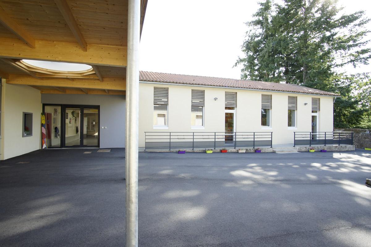 Extension de l'école de la flocellière réalisée par DGA Architectes