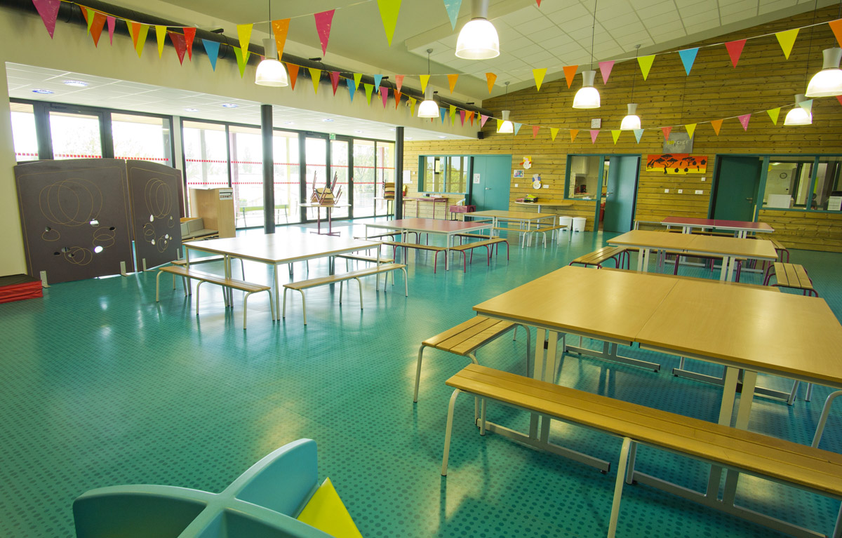 Agrandissmeent du restaurant scolaire aux Epesses par DGA Architectes