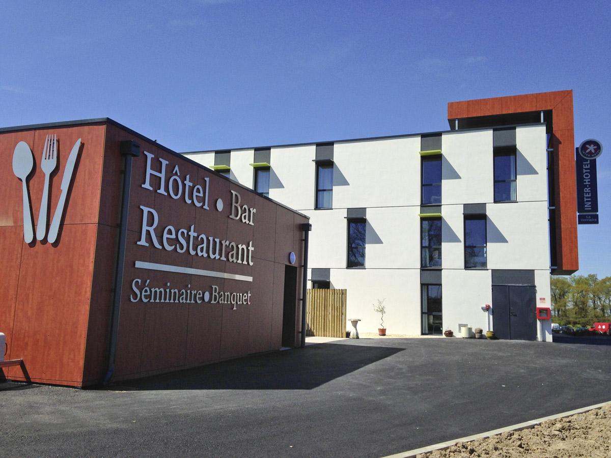 Hôtel, bar et restaurant imaginé par les architectes de DGA les Herbiers