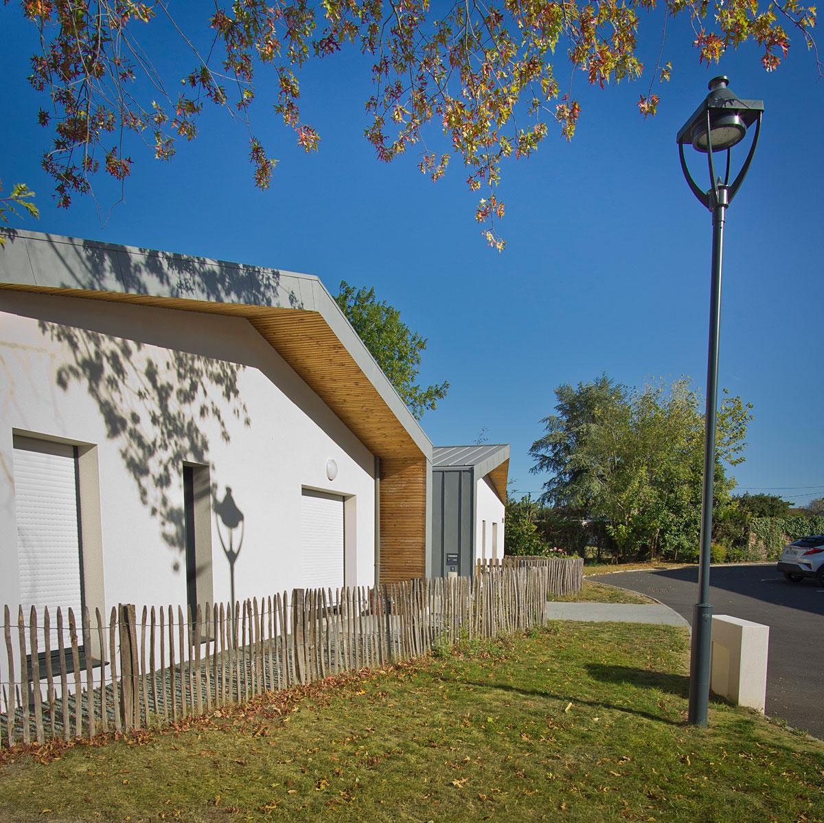 Habitat collectif à St Mars la Réorthe par DGA Architectes