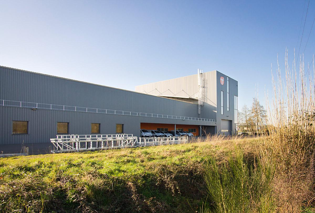 Nouvelle architecture industrielle aux Essarts - DGA Architectes