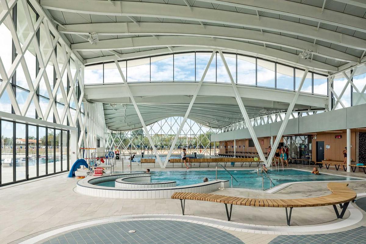 Architecture moderne pour la piscine de St Hilaire de Riez - Agence DGA Architectes