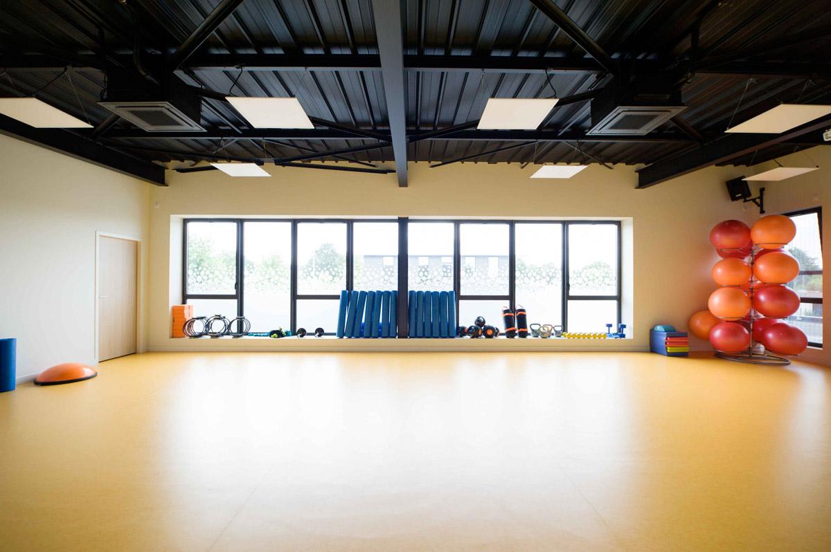 Centre de fitness aux Herbiers conception de l'agence DGA Architectes