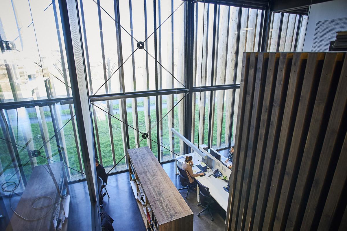 Intérieur des bureaux de DGA Architectes en Vendée
