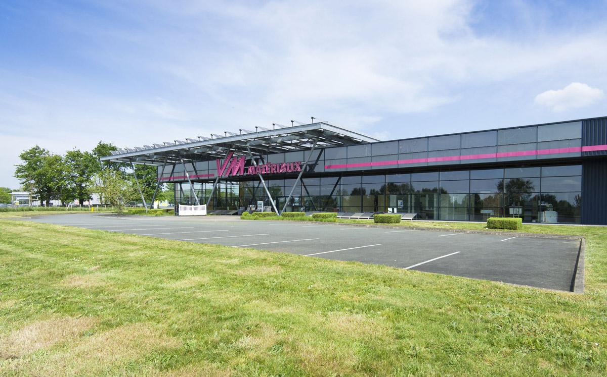 Entreprise et zone showroom VM matériaux créée par DGA Architectes