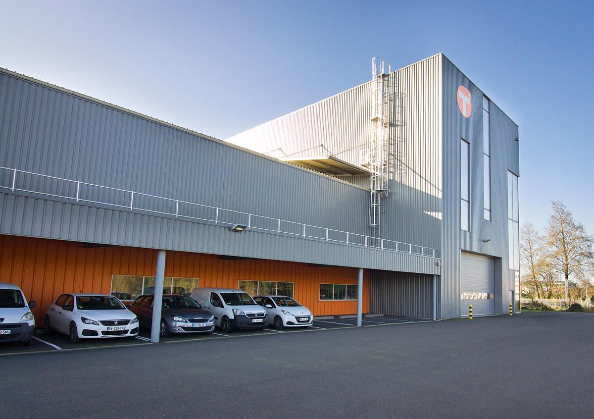 Restructuration de l'industrie Tecauma aux Essarts - DGA Architectes