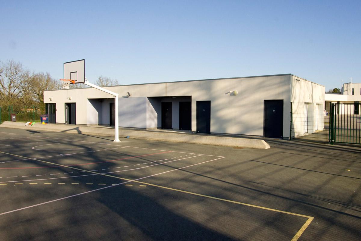 Vestiaires et plateau sportif neuf pour le collège de Piobetta grâce aux architectes de DGA