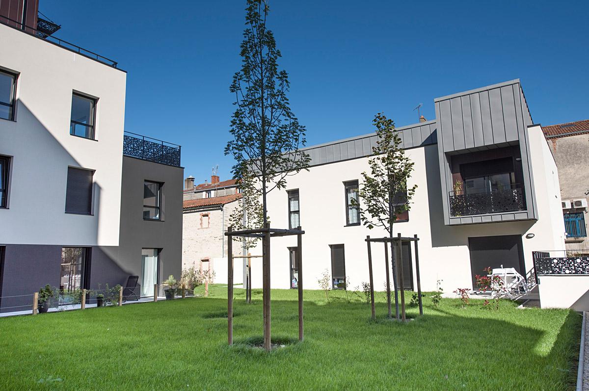Nouveaux logements aux Herbiers par DGA Architectes